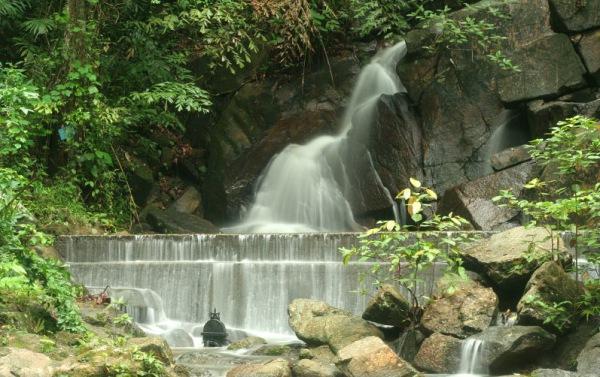 kathu waterfall phuket