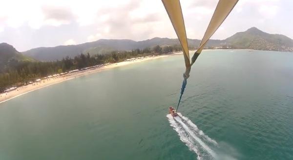 parasailing phuket